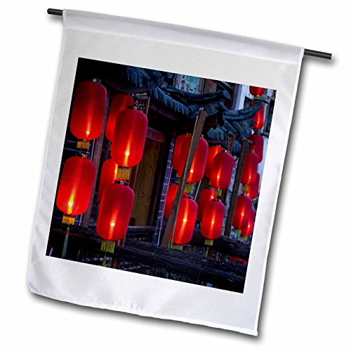 3Drose Fl 71084 1 China  Yunnan  Lijiang  Xinhua Jie  Lanterns As07 Wbi1046 Walter Bibikow Garden Flag  12 By 18 Inch