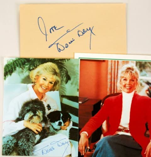 L595 Signed Doris Day t shirt tee t-shirt Picture Autograph Signature xmas gift