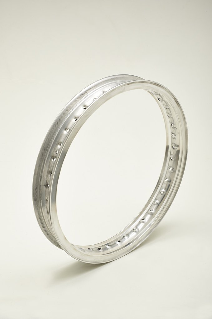Felge in Aluminium Wheel Rim Typ Borrani Record D104 1,60 x 18 36 Loch