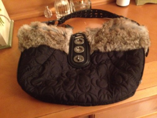 (Black coach bag with faux fur trim)