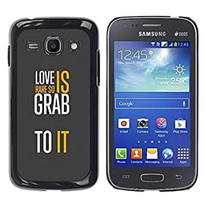 Qstar Arte & diseño plástico duro Fundas Cover Cubre Hard Case Cover para Samsung Galaxy Ace 3 III / GT-S7270 / GT-S7275 / GT-S7272 ( Love Grey Text White Message Yellow)