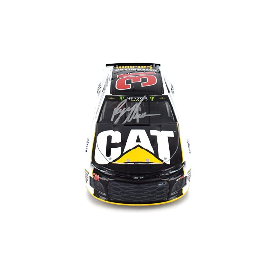 Lionel Racing Autographed Ryan Newman 2018 CAT NASCAR Diecast Car 1:24 Scale