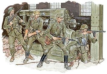 Amazon com: 1/35 World War II German army Cross Of Iron
