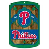 MLB Philadelphia Phillies 11-by-17 Wood Sign Traditional Look - Shamrock Background