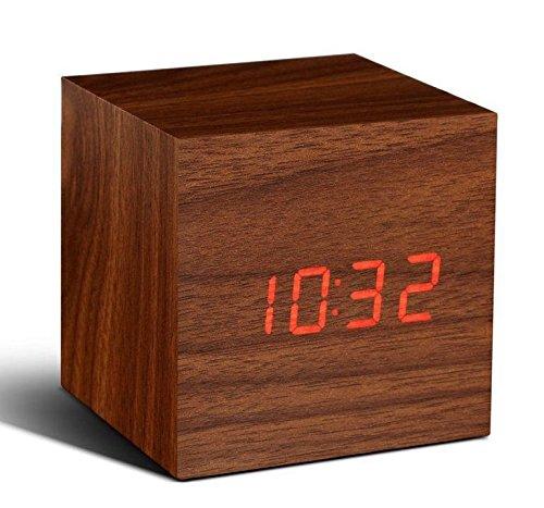 5 opinioni per Sveglia cubo colore legno naturale con visualizzazione orario temperatura