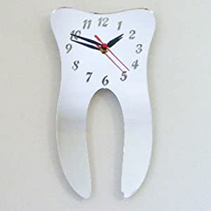 Reloj Espejo en Forma de Diente 30cm x 14cm