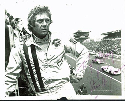 Steve McQueen Autographed 8x10 Le Mans Racing Photo - PSA/DNA - Mcqueen Steve Signature