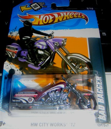 Bagger Side - 2012 Hot Wheels HW City Works Bad Bagger MOTORCYCLE CHOPPER purple 7/10 #137/247
