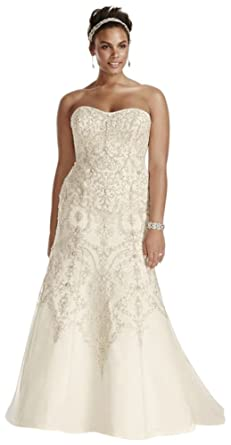 4f8c7658a95d Plus Size Oleg Cassini Tulle Beaded Mermaid Wedding Dress Style 8CWG706 at Amazon  Women's Clothing store: