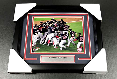 2018 BOSTON RED SOX WORLD SERIES CHAMPIONS TEAM FRAMED PHOTO #1 8X10 ()