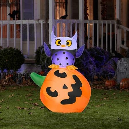 4' Tall Owl and Pumpkin Stack Halloween Airblown Inflatable