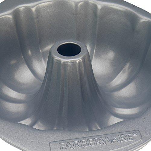 "Farberware 52110 Bakeware Fluted Mold Pan, 10"", Gray"