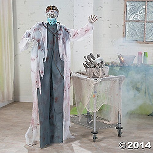 HALLOWEEN LIFESIZE 5 1/2' HANGING DOCTOR OF DEATH W/ FLASHING EYES AND SCARY HALLOWEEN NOISES ()