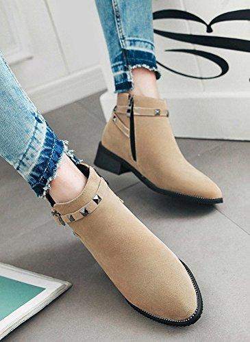 Aisun Womens Fashion Buckled Strap Studded Chic Ronde Neus Korte Laarzen Inside Zip Up Dikke Lage Hak Enkellaarsjes Abrikoos