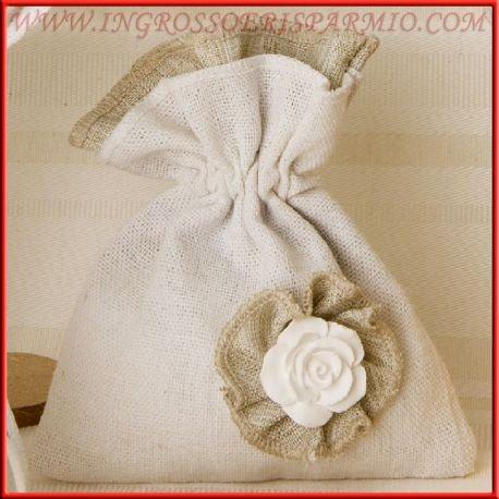 Bolsa para dulces de yute con doble capa gris y crema completato de una diana con gesseto aroma a forma de rosa–Bomboniere Comunión, Boda, Aniversario, confirmación