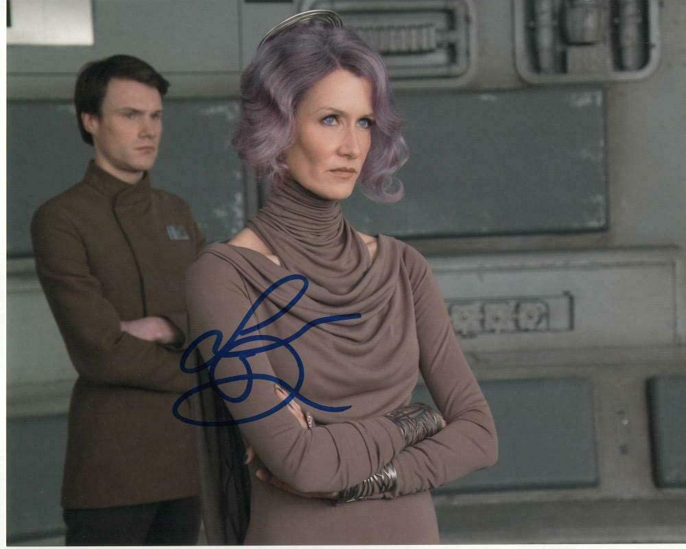 Laura Dern Signed Autographed 8x10 Photo - Star Wars Vice Admiral Amilyn Holdo 1