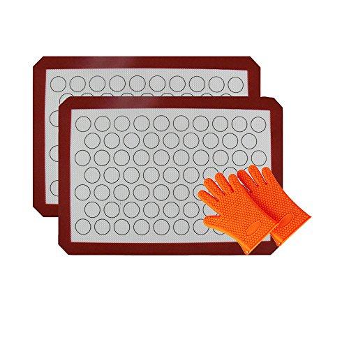 INCHANT Macarons Silicone Baking Mats - Reusable Non stick, Non Skid, Food Grade Set Of 2 Half Sheet Silicone Baking Sheet With 2 Pcs Heat Resistant Silicone Gloves