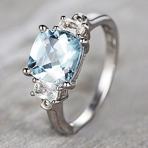 Amazon Com Cushion Cut Aquamarine Engagement Ring Three Stone