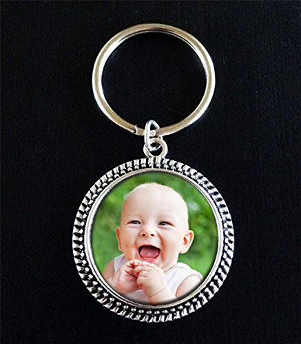 20 Pack Round Beaded Edge Glass Antique Silver Photo Key Chains Supplies Includes EZ Photo Jewelry Software -