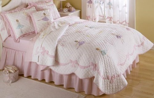 - My World QS0718WHFQ-2300 Ballet Lessons Quilt with 2 Shams, Full/Queen,