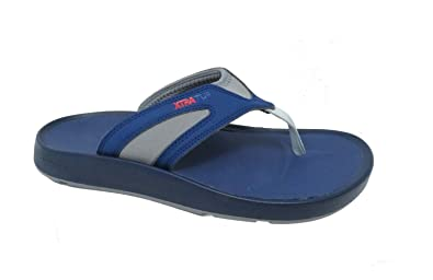 2dfb5e220674 Xtratuf Men s North Shore Flip Flops Navy Chevron Sandals 7