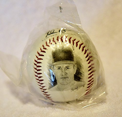 NOLAN RYAN Mennen Fotoball Limited Edition Baseball Bagged