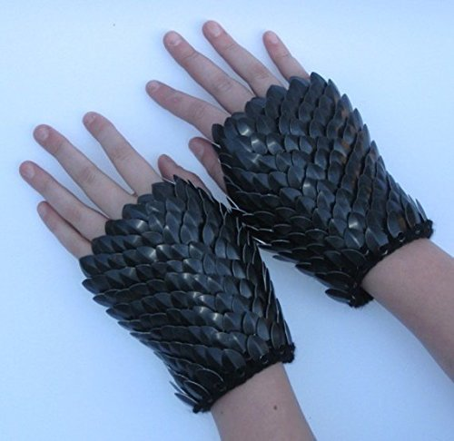 Armor Gauntlets knitted of Dragonhide Scalemail - Black