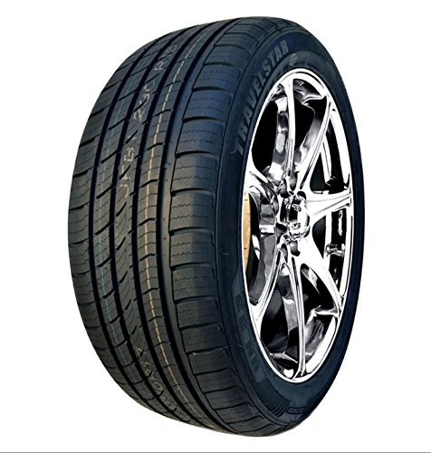 Travelstar Un33 All Season Radial Tire   235 50R18 97W