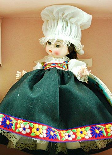 1983 - Madame Alexander - Norway #584 - International Series Doll - Rare - OOP - Collectible