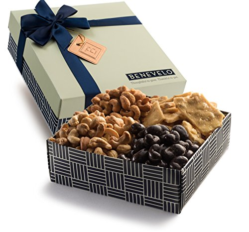 Benevelo Gifts Gourmet Nut Platter with Assorted Cashews incl. Cashew Brittle, Dark Chocolate Cashews & More - Exquisitely Presented in a Stylish Box - Ideal as a Nutritious & Delicious Gift (1.5lbs) (Fruit Gift Set)