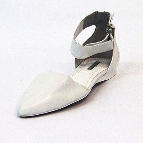 Abierto-estampado solo por una cara de destello con BCBGeneration vertical y cierre con hebilla en el tobillo o ajuste con, tamaño UK 3,5, £105 diseño de blanco - blanco
