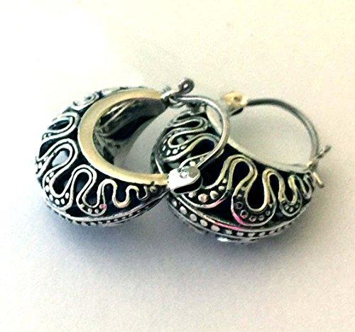 - Hobo Earrings Crescent Shape Bali Sterling Silver earrings AE64