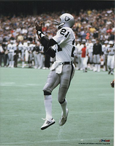 Cliff Branch Oakland Raiders Unsigned Licensed Football Photo from Pro Look Images
