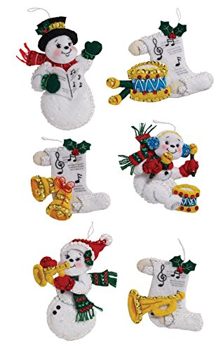 Bucilla Felt Applique Ornament Kit, 4.5 by 5 inch, 86909 Snowman Family Band (Set of 6)