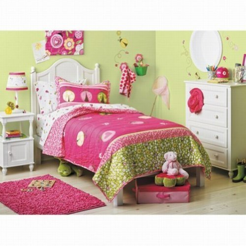 Circo Lady Bugs Collection Twin Quilt & Sham Set