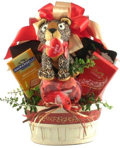 Gift Basket Drop Shipping YoDrMeWi-Sm You Drive Me Wild, Romantic Gift Basket - Small (Romantic Gifts To Send)