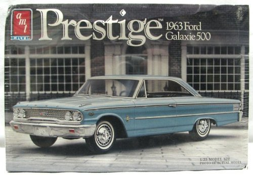 AMT 1963 Ford Galaxie 1//25 Scale Plastic Model Kit