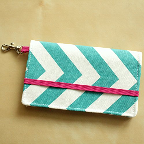 kailo-chic-cell-phone-wallet-in-turquoise-blue-chevron-with-key-clasp-iphone-6-note-1-2