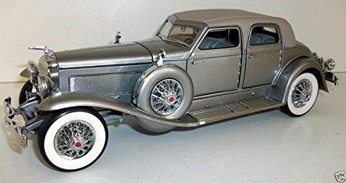 Franklin Mint 1/24 1933 Duesenberg SJ Twenty Grand - Champagne Silver