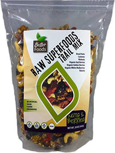 Raw Superfoods Trail Mix - Nuts and Berries (Goji Berries, Golden Berries, Mulberries, Raisins, Brazil Nuts, Cashews, Walnuts)