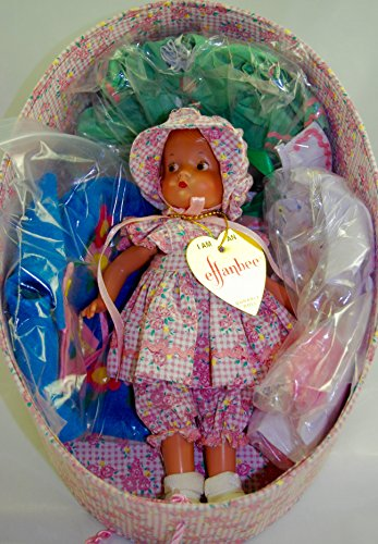 Effanbee Doll Co - #9605 - Patsyette Doll Hat Box Set - 8 Inches / COA - 3 Additional Outfits / Doll Stand - 1 of 2800 - OOP / -