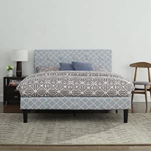 classic deluxe blue linen low profile platform bed frame with tufted headboard. Black Bedroom Furniture Sets. Home Design Ideas