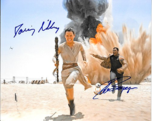 The Force Awakens Cast Signed Autographed 8 X 10 Reprint Photo Featuring Daisy Ridley   Mint Condition