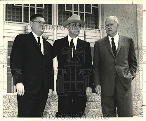 Press Photo Senator Robert Baker, Lt. Gov. Ben Ramsey, and Colonel W.B. Bates