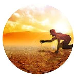 alfombrilla de ratón Silueta de un hombre que se arrastra en la tierra árida - ronda - 20cm
