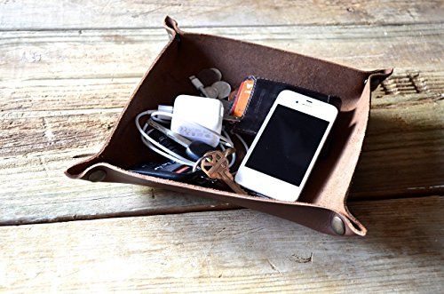 Choose Snaps (Handmade Leather Valet Tray - Choose From Chocolate Brown, Caramel Brown, of Black. Personalization Available.)