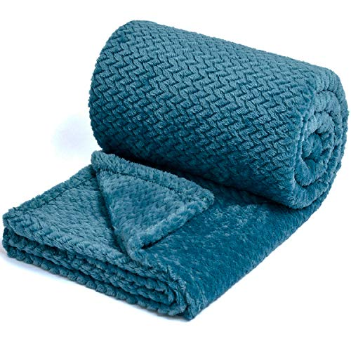 Flannel Premium - NEWCOSPLAY Luxury Super Soft Throw Blanket Premium Silky Flannel Fleece Leaves Pattern Throw Warm Lightweight Blanket Wrinkle-Resistant and Breathable All Season Use Dark Blue Throw