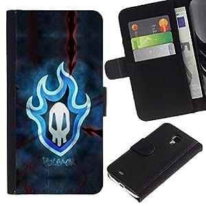 UNIQCASE - Samsung Galaxy S4 Mini i9190 MINI VERSION! - Blue Flaming Skull Badge - Cuero PU Delgado caso cubierta Shell Armor Funda Case Cover