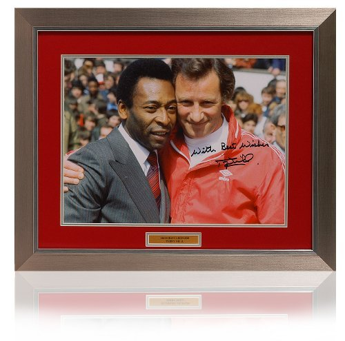 Large Terry Neill hand signed Pele photograph