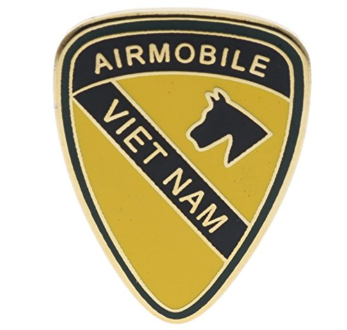 US Army Airmobile Vietnam 1st Cavalry Gold Tone 1 inch Hat Pin JCH15150D151